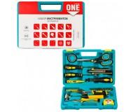 Набор инструментов SmartBuy TS-31P1 31 предмет отвертки, набор бит, набор головок, тестер, плоскогубцы, молоток-гвоздодер, ключ разводной, рулетка, нож технический, плоскогубцы пластиковый чемодан
